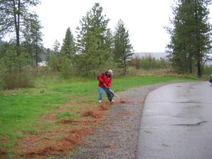 2006_trail_rod_raking_1